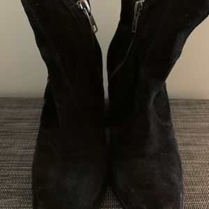 Seychelles Black Suede ankle boot
